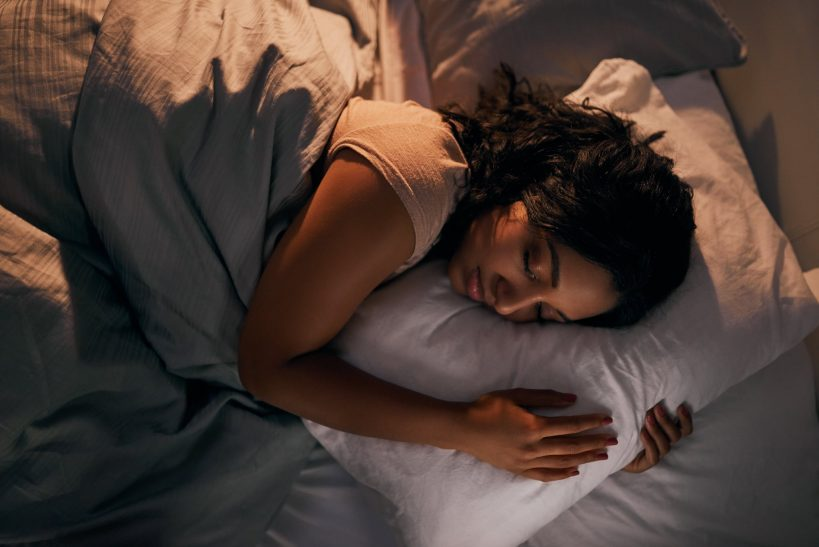 how-the-color-of-the-lights-in-your-home-affect-your-sleep