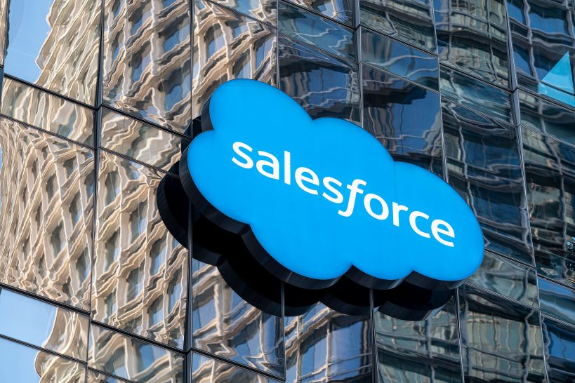 stocks-making-the-biggest-moves-after-hours-salesforce-hp-and-more