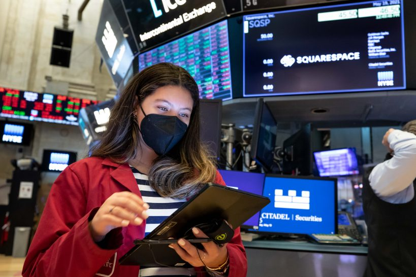 stock-futures-are-flat-in-overnight-trading-ahead-of-jobs-data