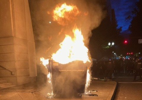 rioters-vow-to-burn-police-building-down-in-portland-on-george-floyd-death-anniversary