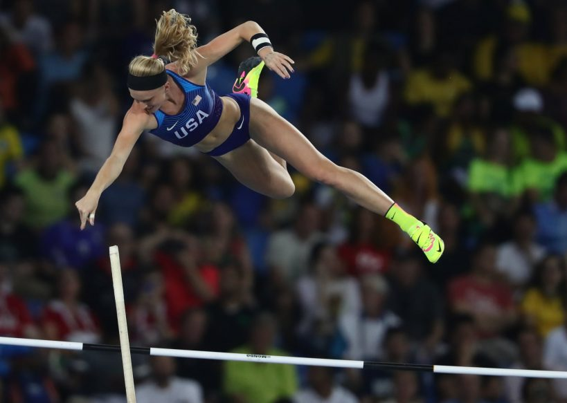 why-olympic-pole-vaulters-use-their-own-poles