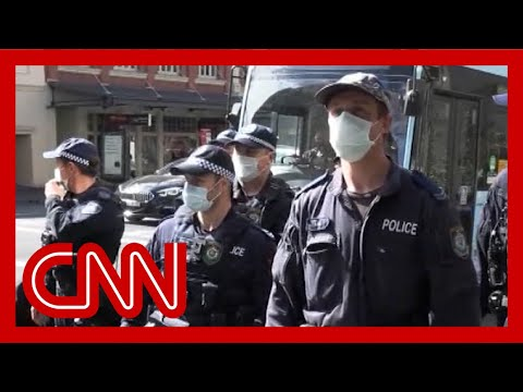 violent-protests-against-new-lockdowns-in-australia
