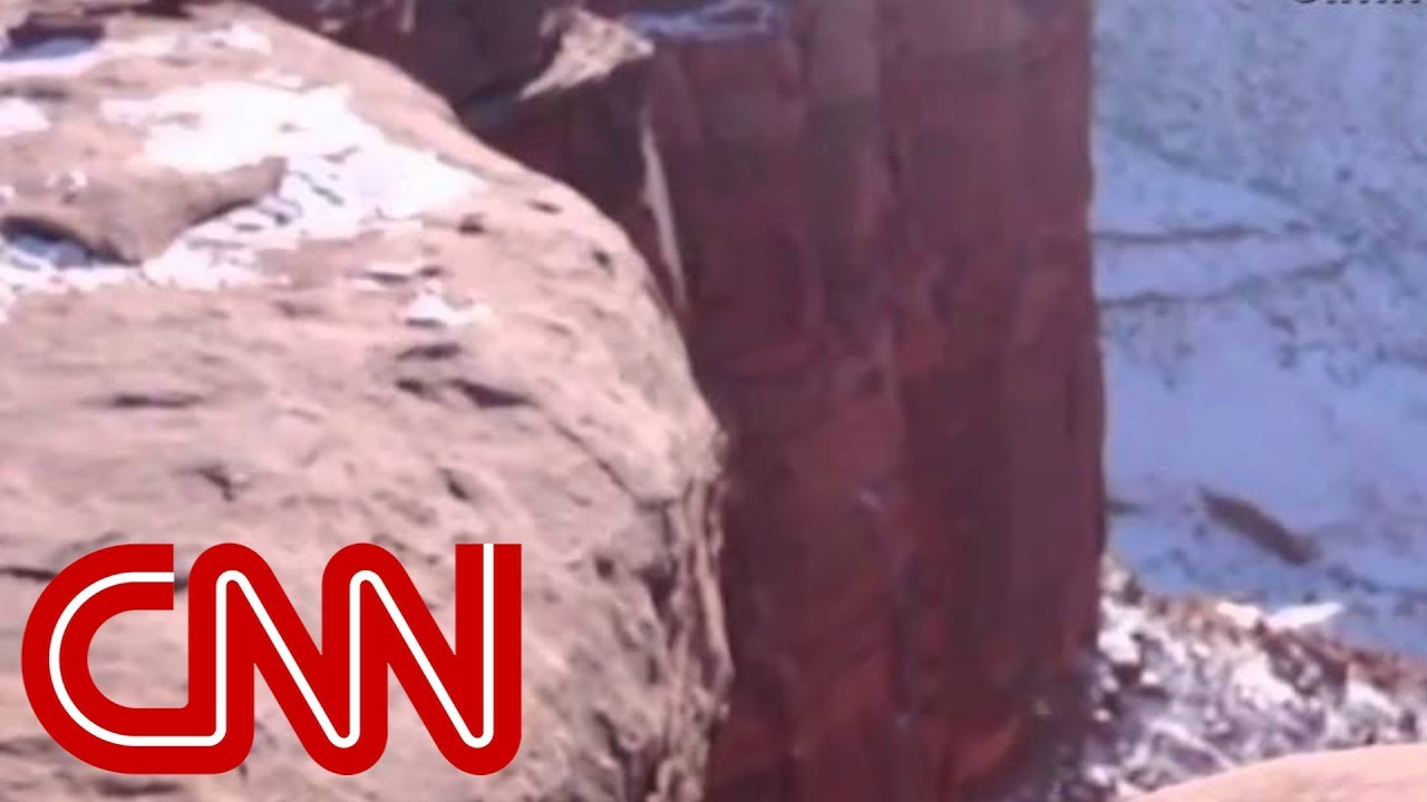 guy-pushes-his-girlfriend-off-a-cliff