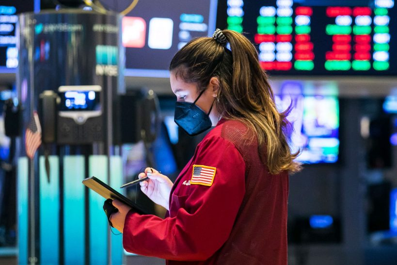 stock-futures-open-flat-after-sp-500-snaps-two-day-winning-streak